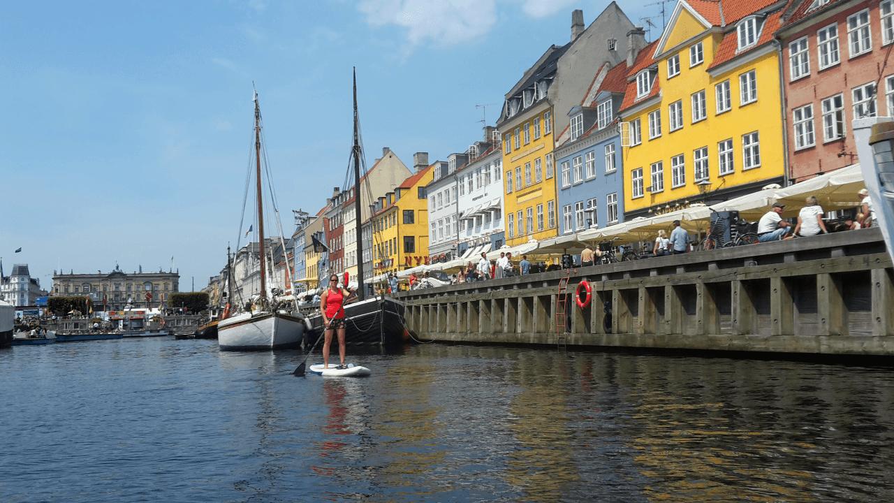 Mit dem SUP im Stadthafen Kopenhagen